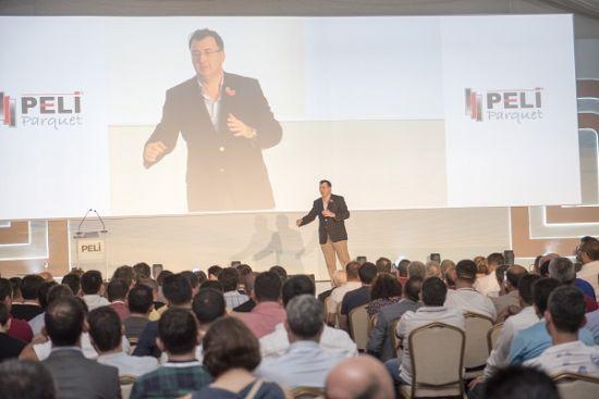 Peli Parke sektörde yeni bir kapı açtı, Peli Parke, PELİ DK Dekoratif Kapı, Peli Parke'nin Antalya Turan Prince Hotels, Antalya Turan Prince Hotels, Vatan Şaşmaz üstlendi, Vatan Şaşmaz, Peli Parke'nin üç şanslı bayi ödüllerini aldı,  Funda Arar, sanatçı Funda Arar,