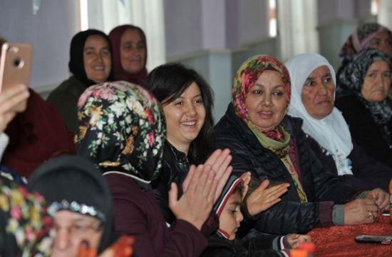 TOKİ Yozgat'ta 108 ailenin yeni konutları kurayla belirlendi, Toki Kura çekimleri, Toki Yozgat 108 konut projesi, Toki Yozgat Projesi, Yozgat 108 konut kura çekimleri yapıldı, Yozgat toki, TOKİ KONUTLARI, Yozgat toki evleri, Yozgat Toki kura çekimi heyecanı, Toki kura çekimi mutluluğu, Toki evleri yozgat,
