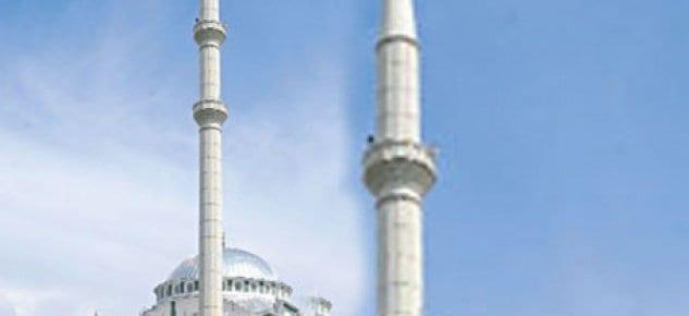 Cami minaresini yıkım kararı