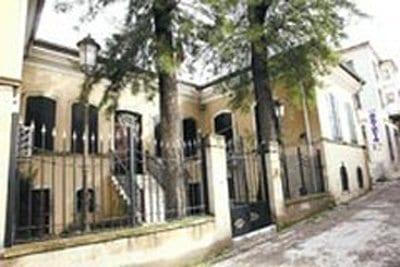 Tarihi Kemeraltı Karakolu Taşınıyor