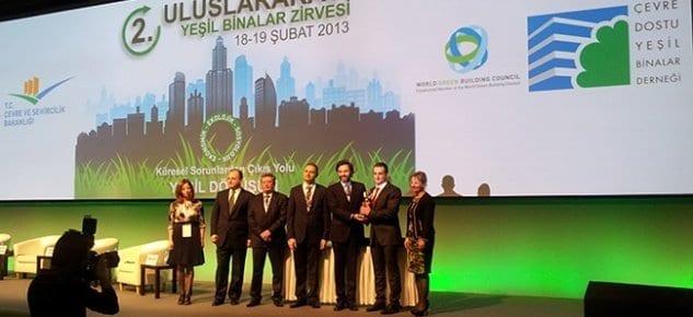 Yeşil bina dostu Altensis, kendi binası ile ödül aldı