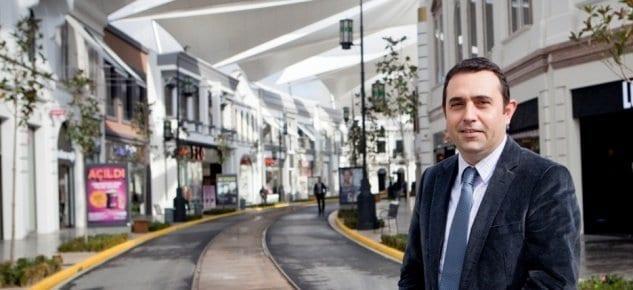 İstanbul'a gelen iki turistten birine talip...