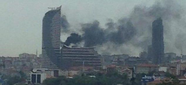 Akasya Rezidans'ta yangın