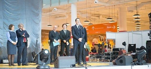 Avrupa'nın en büyük AVM'si açıldı