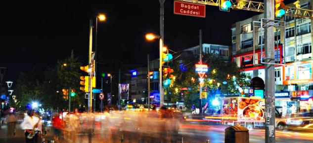 Bağdat Caddesinde kiralar dudak uçuklatıyor