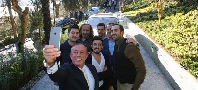 Ali Ağaoğlu, sosyal medya fenomenleriyle buluştu!