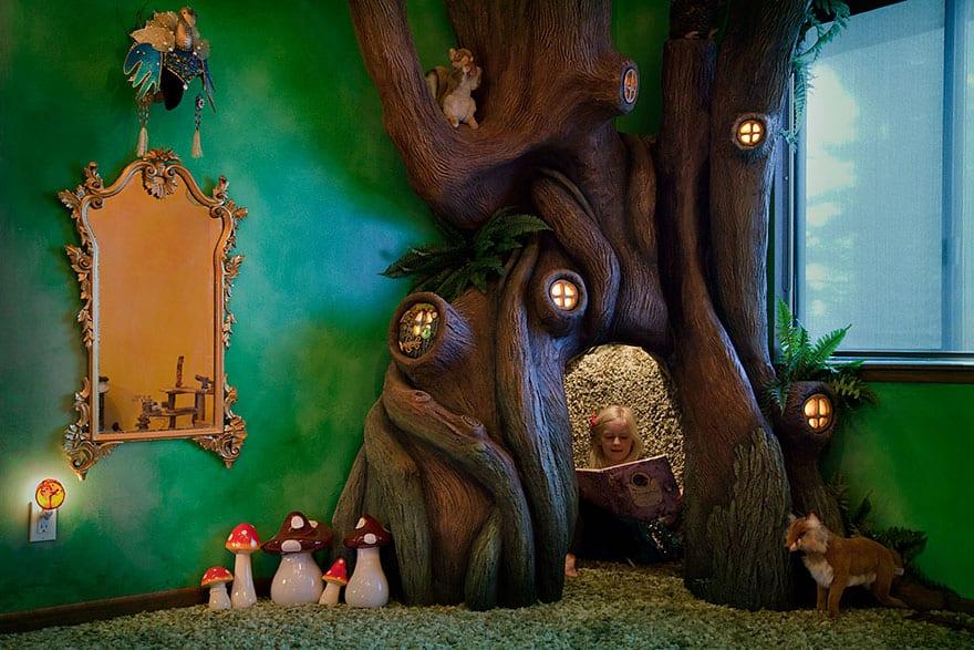 Peri Ağacı Evi küçük perisi ile