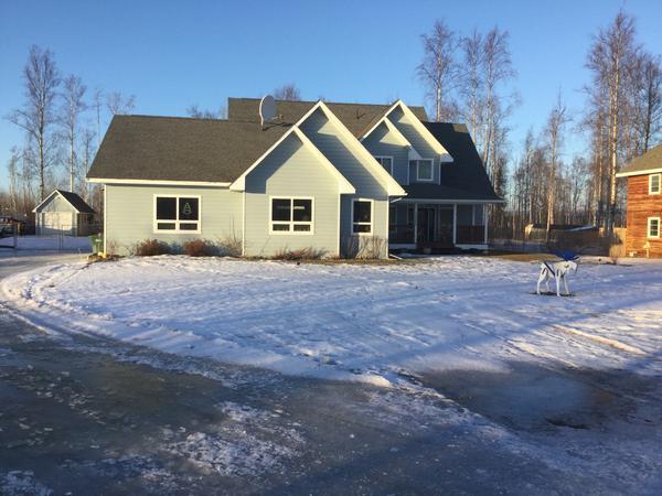 Alaska da modern ev