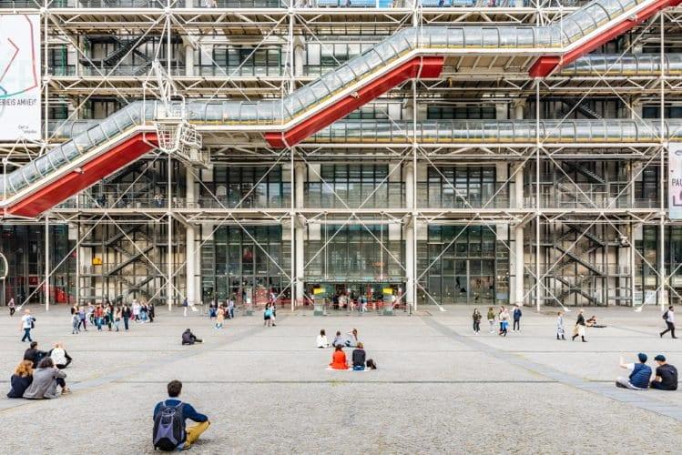 Paris'in Eşsiz Mimarilerinden: Centre Georges Pompidou
