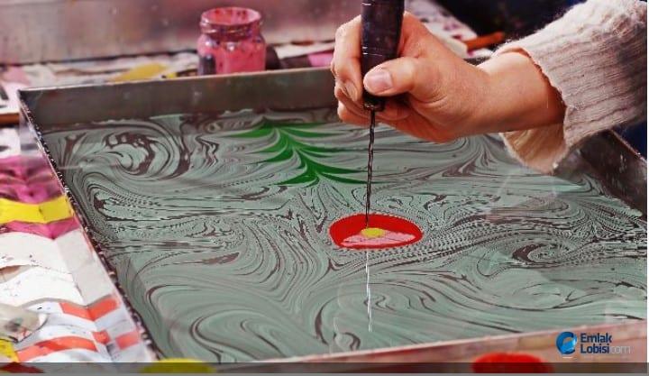 Evde Yapılan Hobiler Ebru Sanatı Ebru Sanatı Nasıl Yapılır