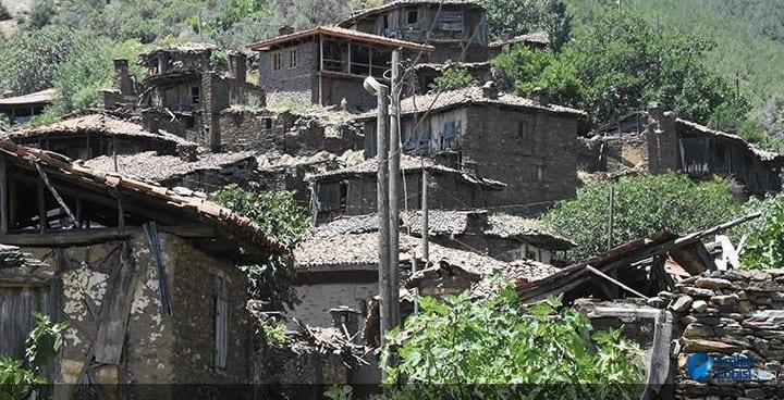 Türkiye'deki Hayalet Köy! Sadece 10 kişi yaşıyor