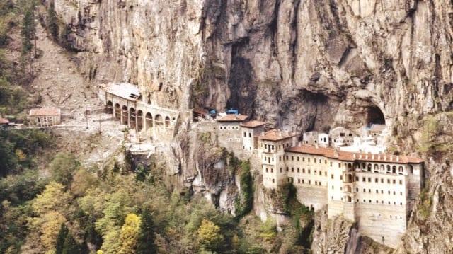 sümela-manastiri-nerede