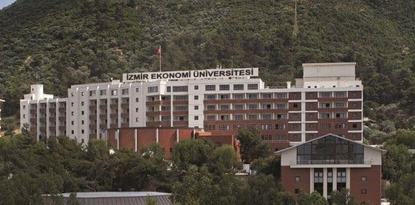 izmir-ekonomi-universitesi-emlaklobisi