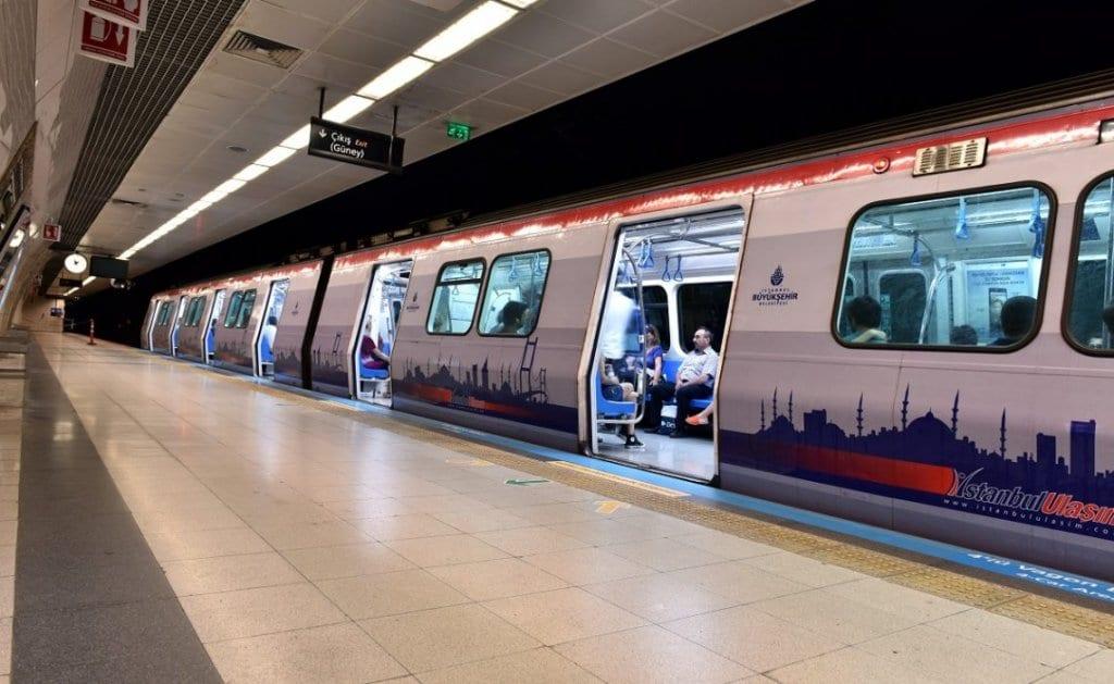 uskudar-cekmekoy-metro-duraklari-emlaklobisi